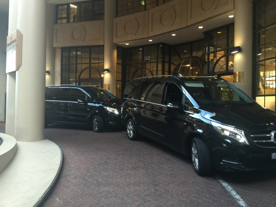 MERCEDES BENZ VCLASS AT STAMFORD GRAND HOTEL