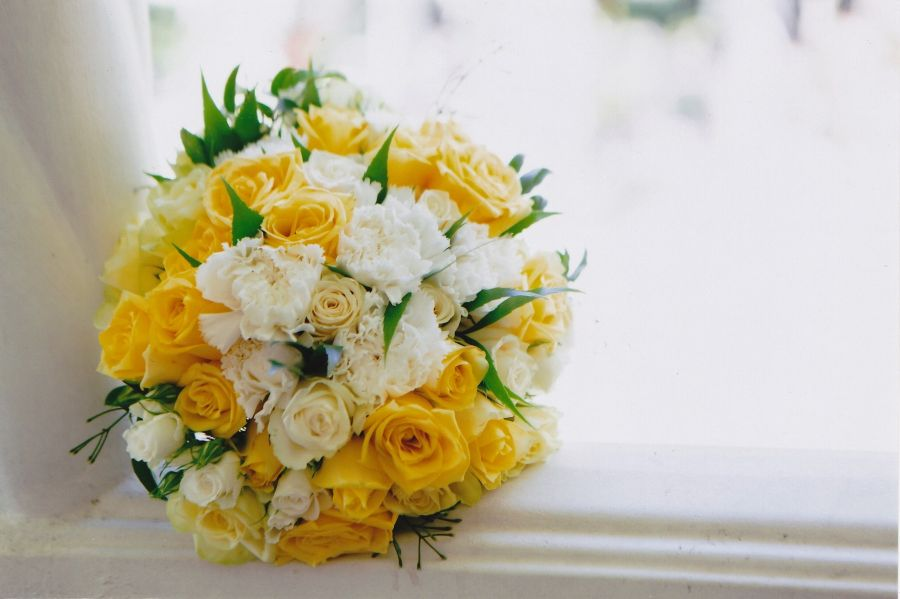 Coopers Plains florist, Coopers Plains Flowers, Same day flower delivery, free flower delivery, Red roses Coopers Plains and Brisbane, Flower Bouquets Coopers Plains, Get well flower, sympathy flowers, Funeral Flowers Brisbane, Valentines day flowers.