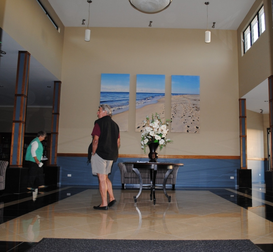 Recreational center - Entrance to foyer. Island Breeze Resort image gallery - Bribie Island residential over 50s
