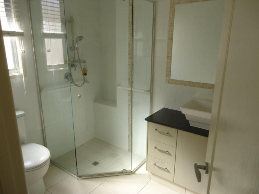 Kooparoo - Bathroom. For sale at Island Breeze Resort