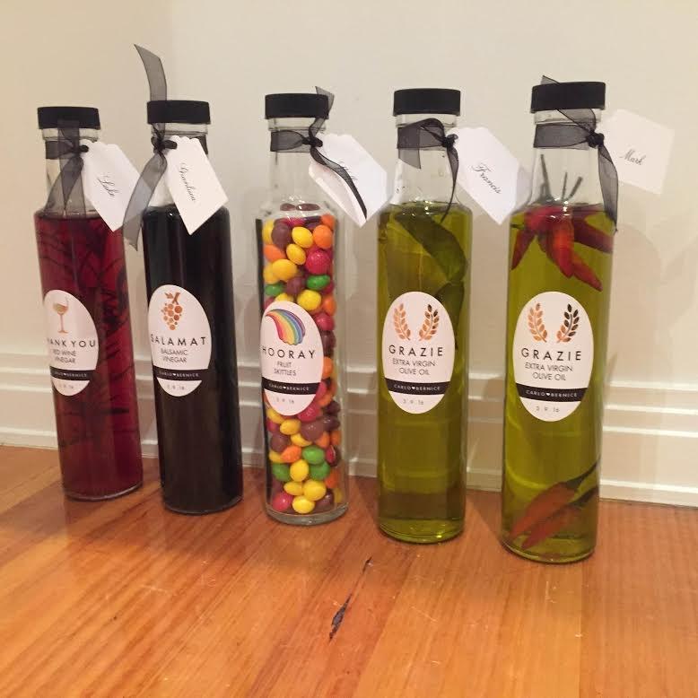 250ml Round Glass Olive Oil Bottles Black Wadded Caps