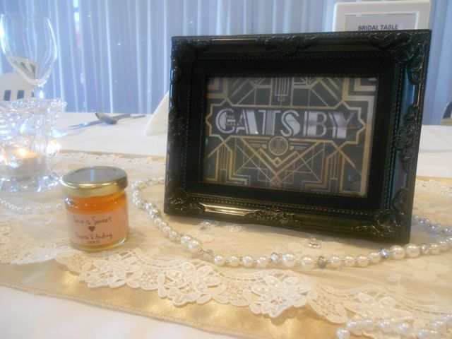 Personalised Wedding Bomboniere, Christening Bomboniere, Bomboniere Boxes, Small Glass Jars, Empty Glass Jars, Personalised Honey Jars, Homemade Jam Jars, Glass Candy Jars, Brisbane, Delivering Australia-wide